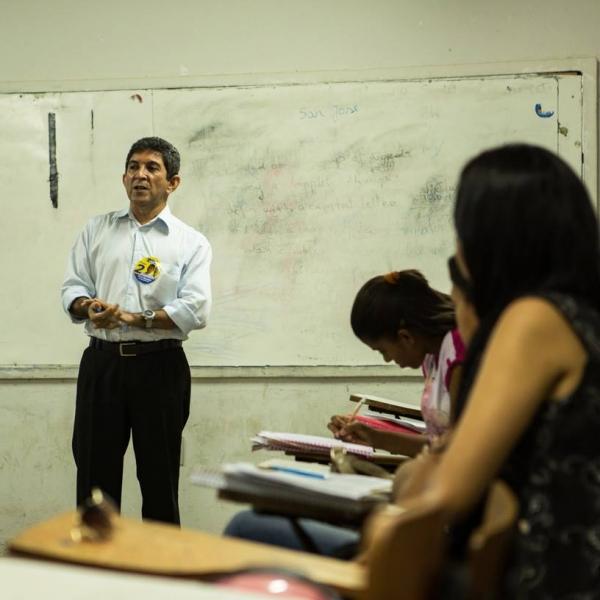 Candidato a reitor chama atenção para evasão de alunos da Uespi