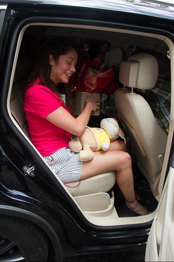 Após cirurgia contra o câncer, Maria Melilo recebe alta de hospital