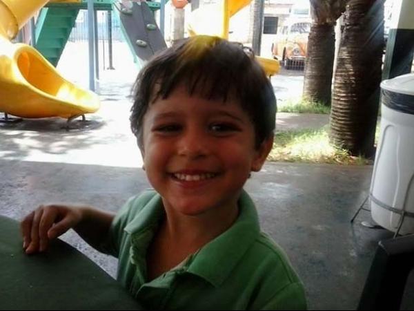 Tio de menino desaparecido diz que mãe e padrasto agem com descaso