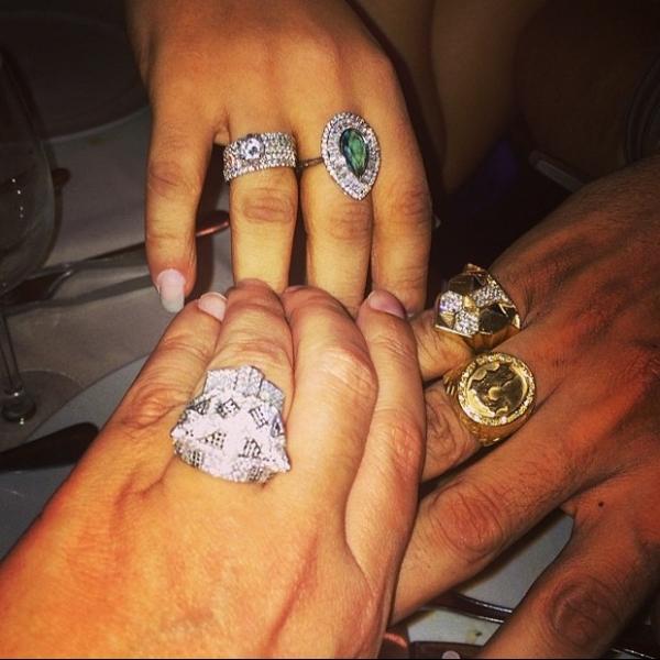 Joias de Naldo e Moranguinho desbancam anel Cartier de promoter