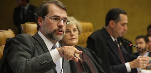 Quatro ministros do STF votam contra doação de empresas em campanha eleitoral