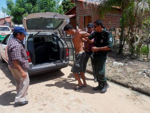 Acusado de arrombar órgão público é preso por Guarda Municipal e Polícia Civil