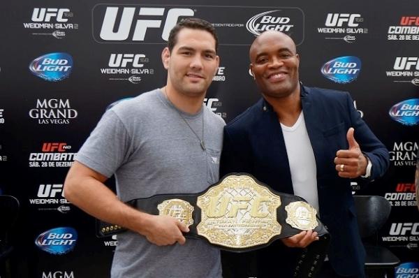 Anderson pode comentar sua própria luta na mesma noite do UFC 168
