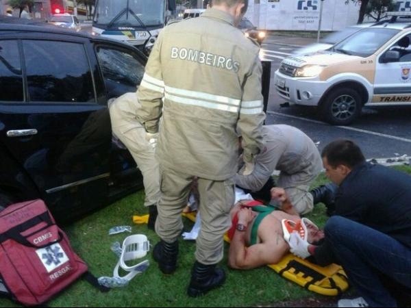 Motorista pelado se envolve em acidente em avenida de Vitória
