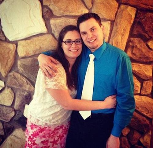 Recém-casada se declara culpada de atirar marido de um penhasco