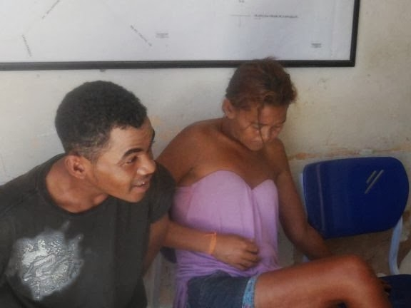 Tia e sobrinho são presos acusados de uma série de furtos a comércios no litoral