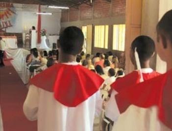 Internos recebem crisma na Fazenda da Paz em Timon