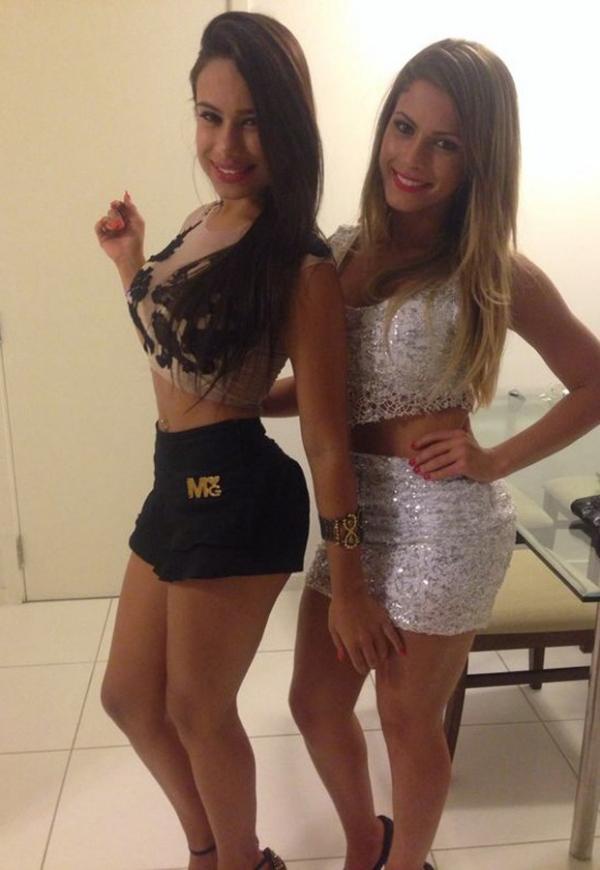 De saia curtinha, Babi Rossi cai na noite ao lado de ex-affair de Neymar