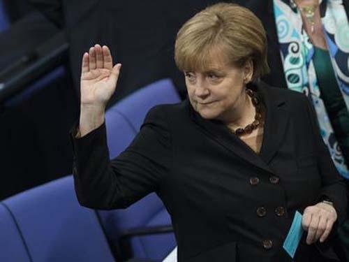 Alemanha: Angela Merkel toma posse para terceiro mandato de chanceler