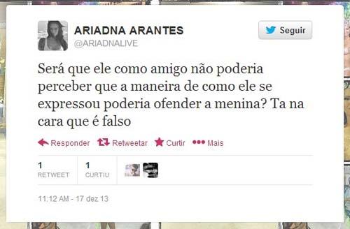 Ariadna critica Romário em história com transex: