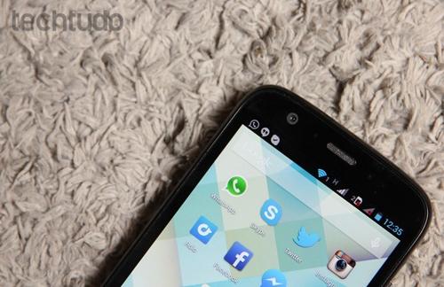 Moto G tem uma bateria durável, opção de dois chips e ótimo preço