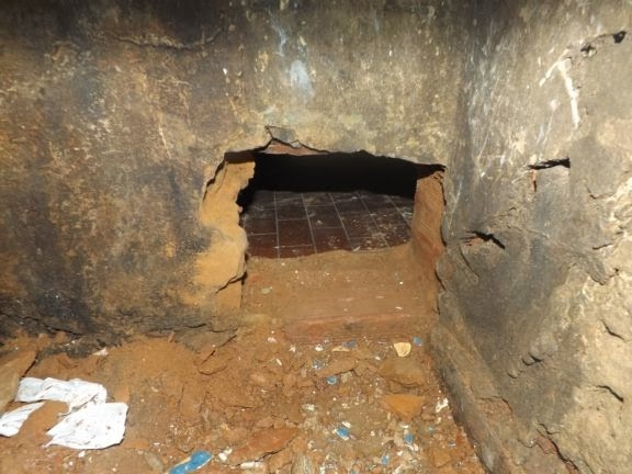 Presos tentam fuga cavando buraco de cela em Parnaíba