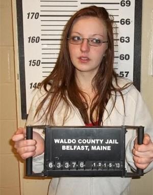 Americana é presa após atacar marido com golpes de espátula