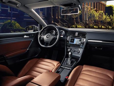 Volkswagen Golf é eleito o Melhor Carro de 2013