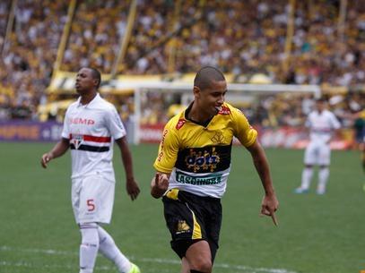 Inter encaminha contratações de Dida e Wellington Paulista