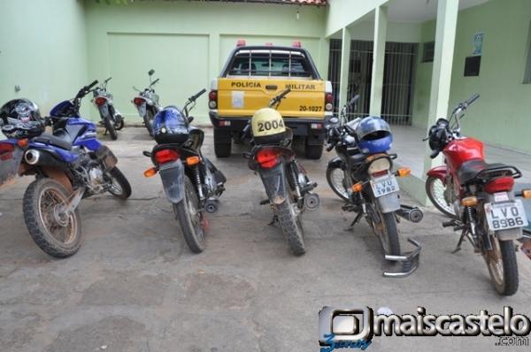 Polícia prende quadrilha especializada em furtos de motos na região de Juazeiro