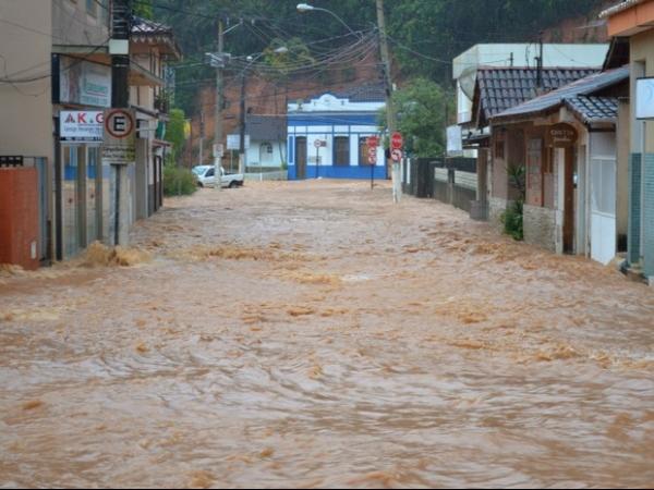 Defesa Civil contabiliza mais mortes por causa das chuvas no ES