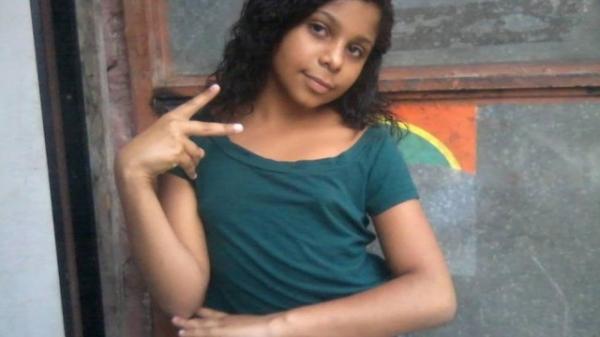 Vítima de bala perdida no Rio era fã de Anitta e iria ganhar celular de Natal