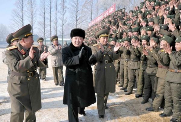 Kim Jong-un pede que suas tropas estejam preparadas