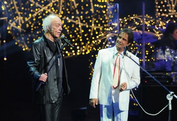 Roberto Carlos comemora 40 anos de especiais com gravação