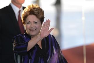 Após enchente, Dilma diz que é preciso cooperação entre governos