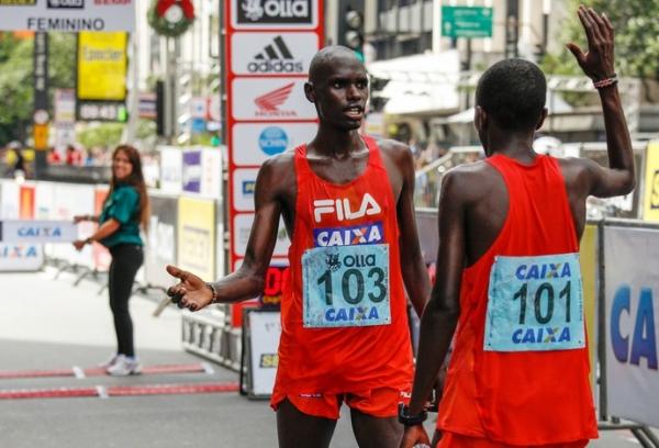 Quenianos revelam estratégia de equipe para dominar a São Silvestre