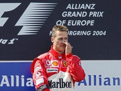 Schumacher melhora após nova cirurgia, mas segue em situação crítica