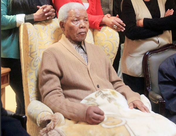 Aos 95 anos, morre líder sul-africano Nelson Mandela dentro de sua casa, em Johannesburgo - Imagem 5