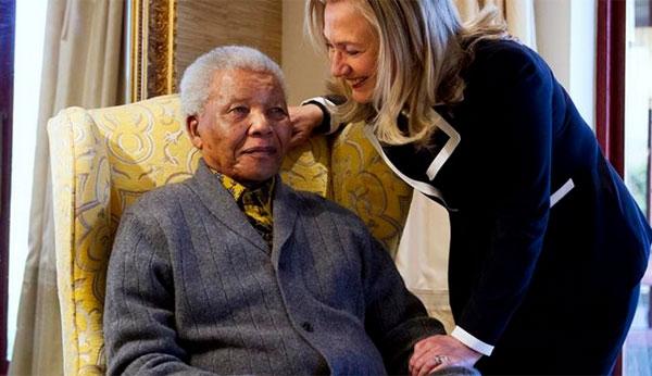 Aos 95 anos, morre líder sul-africano Nelson Mandela dentro de sua casa, em Johannesburgo - Imagem 4