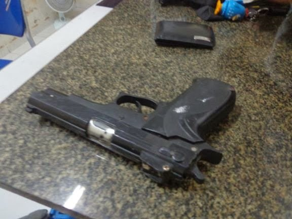 Três assaltantes roubam empresário com arma de pressão e acabam presos em Parnaíba