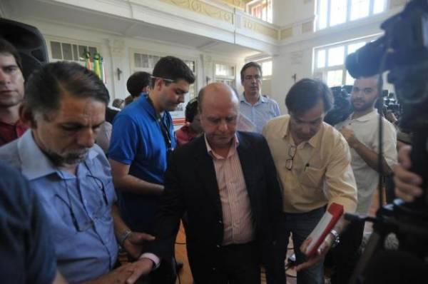 Movimento pede saída, mas prefeito de Santa Maria não teme cassação