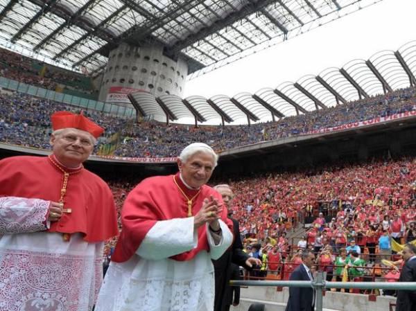 Analistas mundiais apontam italiano Scola como próximo Papa