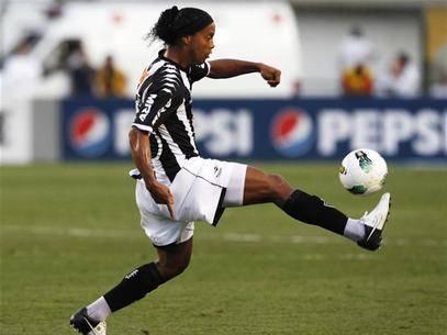 Atlético-MG divulga numeração para Libertadores; Ronaldinho é 10