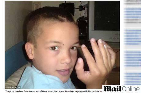 Em Londres, menino de 12 anos se enforca após mãe proibir celular