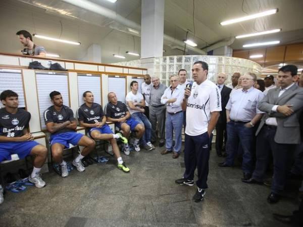 Por Libertadores, Grêmio dá carta branca e R$ 20 milhões a Luxemburgo