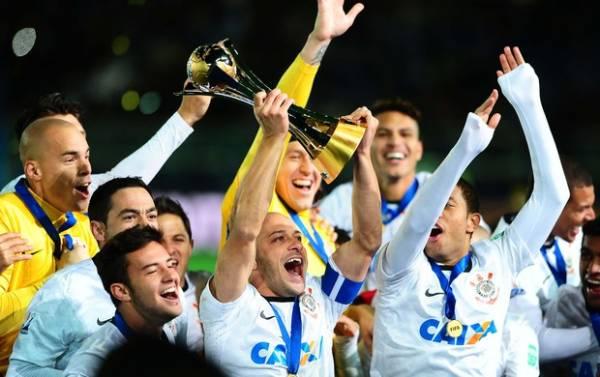Clássico coloca em evidência abismo que separa Corinthians e Palmeiras