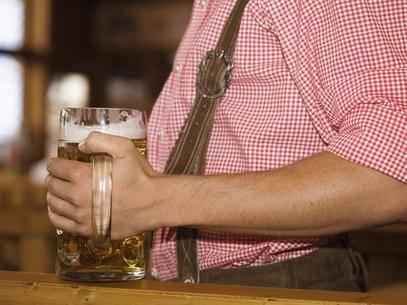 Estudo diz que cerveja não dá barriga e faz bem à saúde