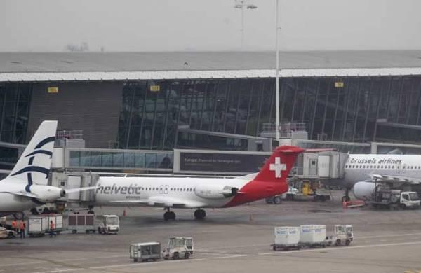 Bando faz roubo de diamantes avaliados em US$ 50 mi no aeroporto