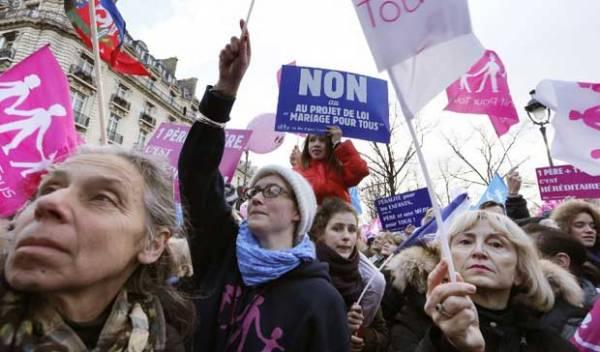 Assembleia Nacional francesa legaliza casamento homossexual