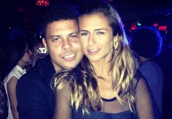 Ronaldo curte viagem romântica a Paris com nova namorada, diz jornal