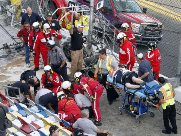 Acidente na Nascar deixa pelo menos 15 espectadores feridos