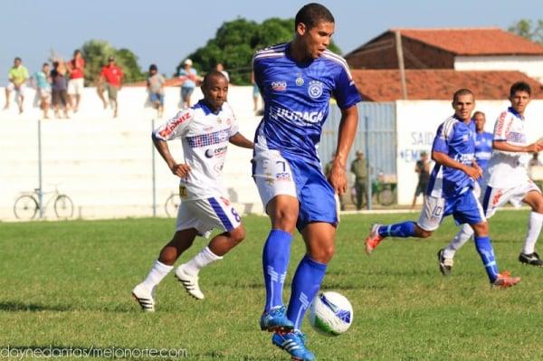 Parnahyba e Piauí ficam no empate no estádio Mão Santa