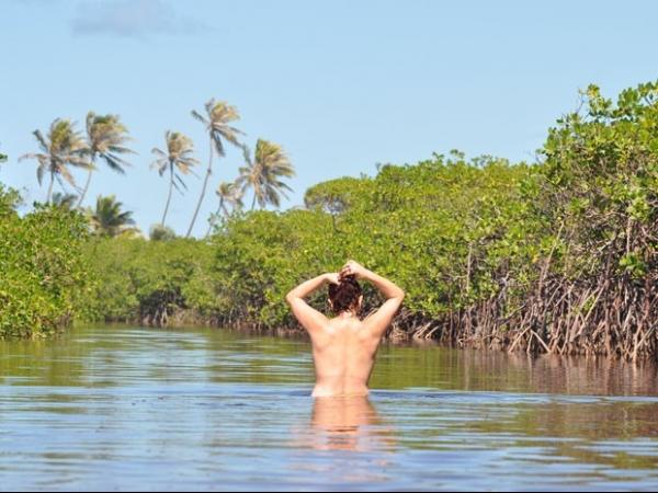 Praias de nudismo ganha cada vez mais adeptos e possuem até carteirinhas; veja regras - Imagem 1