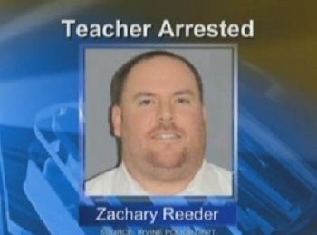 Professor é preso por  usar perfil feminino no  Face para atrair meninos