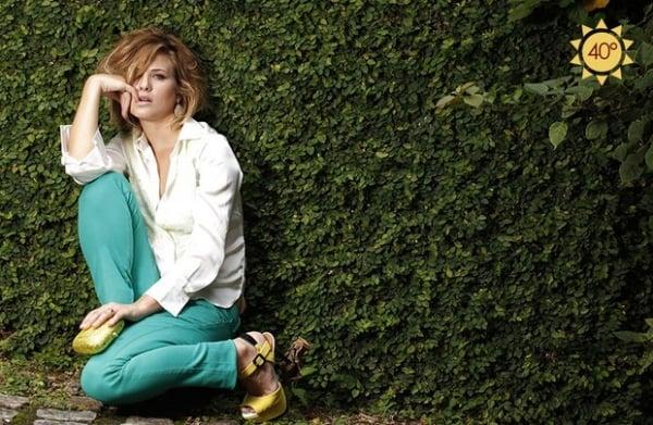 Luiza Valdetaro posa com a cor de 2013, o verde-esmeralda