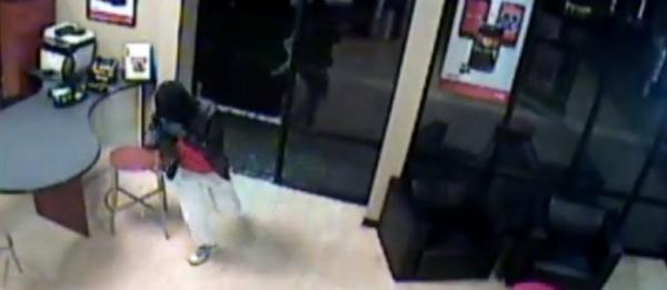 Ladrão invade loja de celulares na Flórida, mas só rouba caixas vazias