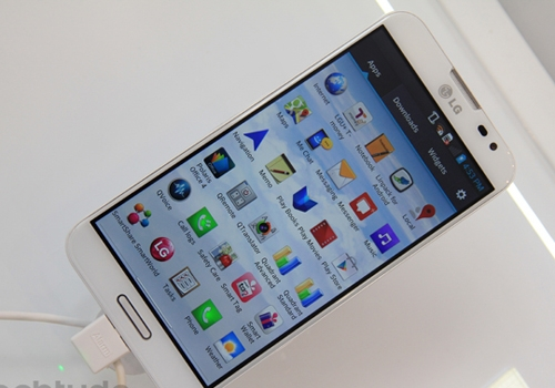 Revelado o Optimus G Pro, o foblet Full HD da LG top de linha
