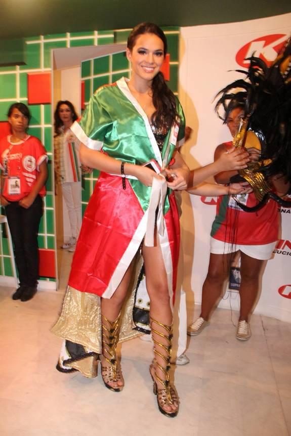 Atriz Bruna Marquezine vai usar fantasia iluminada com led no desfile da Grande Rio