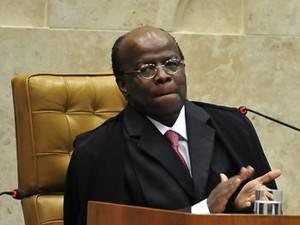 Barbosa concluirá revisão de voto no mensalão na segunda