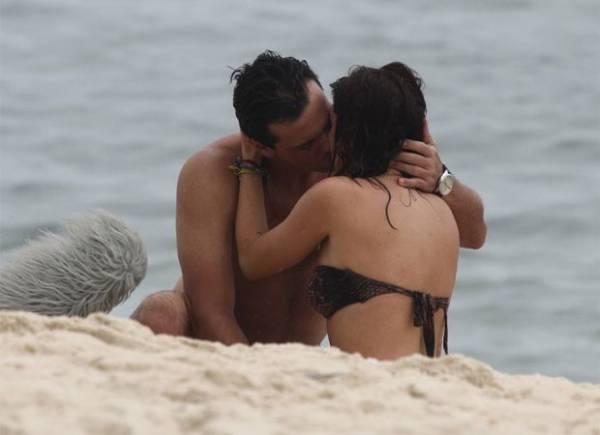 Fernanda Paes Leme evita flagra indiscreto em gravação com Rodrigo Lombardi
